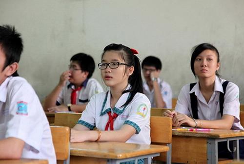 Tự luận và trắc nghiệm được kết hợp trong kỳ thi vào THPT tại Hà Nội