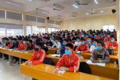 Học sinh, sinh viên tiếp tục nghỉ học vì dịch bệnh Covid-19