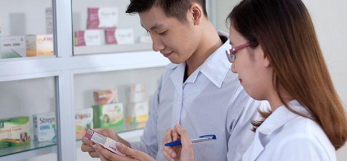 Một số yêu cầu với sinh viên Cao đẳng Dược khi thực tập tại Nhà thuốc